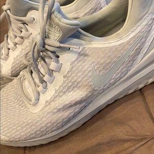 Rival Nike